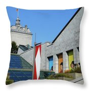 Quebec City 53 Throw Pillow