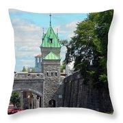 Quebec City 82 Throw Pillow