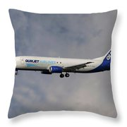Quikjet Cargo Airlines Boeing 737-43q Throw Pillow
