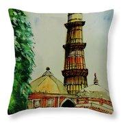 Qutab Minar Of India, Monument Of India Throw Pillow