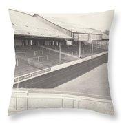Reading - Elm Park - Tilehurst Terrace 1 - Bw - 1970 Throw Pillow