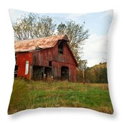 Red Barn Putnum County Throw Pillow