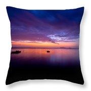 Red Dawn At Laenani Park Throw Pillow