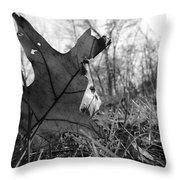 Red Oak Leaf Four Throw Pillow