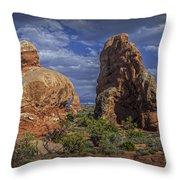 Red Rock Formations On A Desert Plateau In Utah Throw Pillow