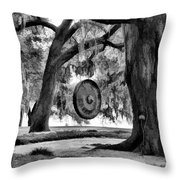 Rip Van Winkle Gardens Louisiana Bw Throw Pillow