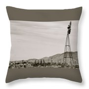 Roadtrip 6 Throw Pillow