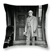 Robert E. Lee In Richmond, Virginia Throw Pillow