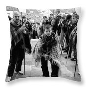 Romeiros Pilgrims Throw Pillow