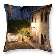 Romeo And Juliet 2 Throw Pillow