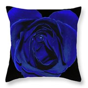 Rose Heart In Blue Velvet Throw Pillow