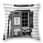 Route 66 - Illinois Vintage Pump Bw Throw Pillow