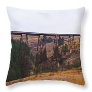 Rr Trestle Spans Lawyer's Canyon Throw Pillow