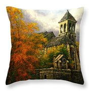 Sacred Heart Chapel Paris Throw Pillow
