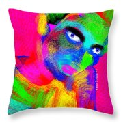 Santia Color Eksperimental Throw Pillow
