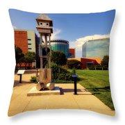 Sculpt Siouxland - Sioux City Throw Pillow