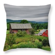 Shushan Barn 5807 Throw Pillow