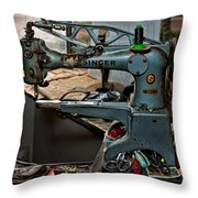 Singer 29k71 Throw Pillow