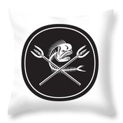 Skull Mahi Mahi Dolphin Fish Crossed Spears Circle Retro Throw Pillow