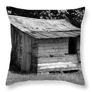 Small White Barn B W Throw Pillow