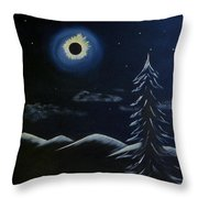 Solor Eclipse Throw Pillow