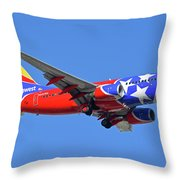 Southwest 737-7h4 N922wn Tennessee One Phoenix Sky Harbor November 28 2017 Throw Pillow