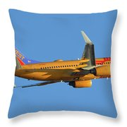 Southwest Boeing 737-7h4 N781wn New Mexico One Phoenix Sky Harbor November 11 2017 Throw Pillow