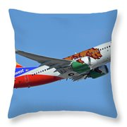 Southwest Boeing 737-7h4 N943wn California One Phoenix Sky Harbor October 16 2017 Throw Pillow