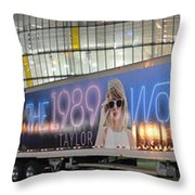 Sprint Center, Kansas City, 1989 World Tour Throw Pillow