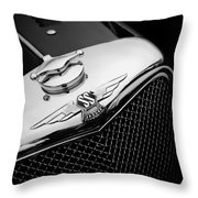 Ss Jaguar Throw Pillow