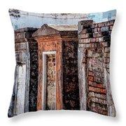 St. Louis 1 Tombs--nola Throw Pillow