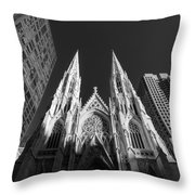 St Patrick's Cathedral  Throw Pillow