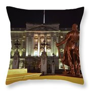 Statues View Of Buckingham Palace Throw Pillow
