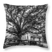 Still Faithful B W God Bethany Presbyterian Church The Old Oak Tree Greene County Georgia Art Throw Pillow