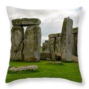 Stonehenge England Throw Pillow
