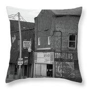 Struthers, Ohio Throw Pillow