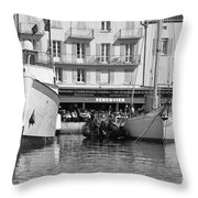 Summer Feelings Saint - Tropez Throw Pillow