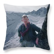 T-04405 Don Claunch Gordon Throw Pillow
