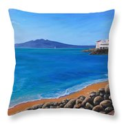 Tamaki Yacht Club Throw Pillow