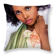That Look... Throw Pillow