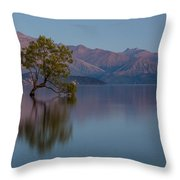 That Tree - Wanaka Throw Pillow