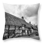 Thatched Cottages Of Hampshire 15 Throw Pillow