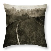 The Bend 4116 Bw_2 Throw Pillow