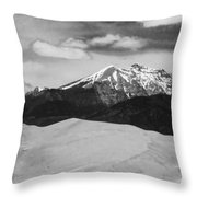 The Great Sand Dunes And Sangre De Cristo Mountains - Bw Throw Pillow