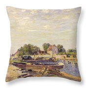 The Loing At Saint Mammes 1885 Throw Pillow