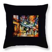 The Swan - London Throw Pillow
