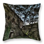 The Tree In The Fort - L'albero Tra Le Mura Del Forte Paint Throw Pillow