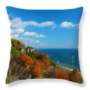 The View - Scarborough Bluffs Throw Pillow