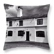 The Weavers Arms, Fillongley Throw Pillow