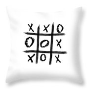 Tic-tac-toe Throw Pillow